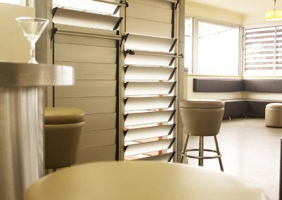 Altair Louvres can be installed with aluminium blades for a striking, yet modern look.