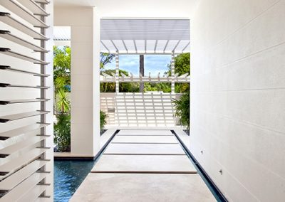 Altair Louvres Windows can make for great feature windows in walkways in the home.