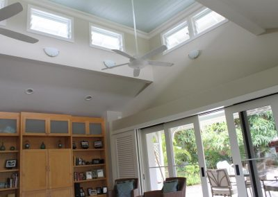 High level louvres create a thermal chimney effect