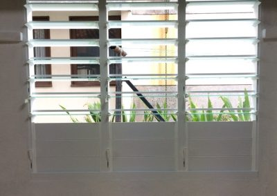 Altair Louvres provide abundant fresh air when open