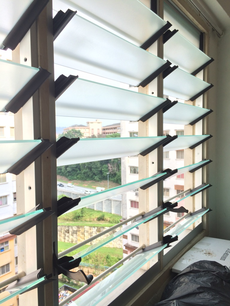 High Rise Apartment Replacing Nako Louvres With Breezway