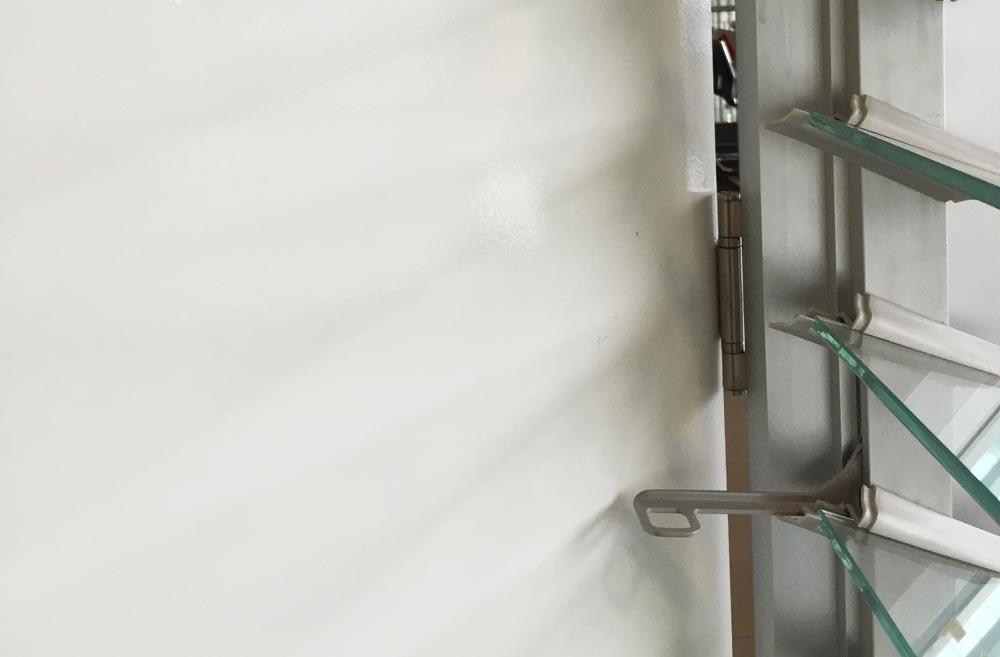 louvres_beside_doors