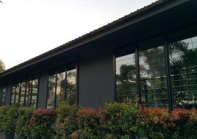 Multiple bays of Breezway louvres at Thai Aust Office