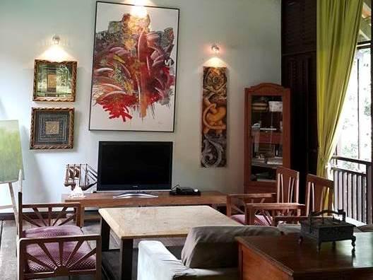 Living area of kuang retreat
