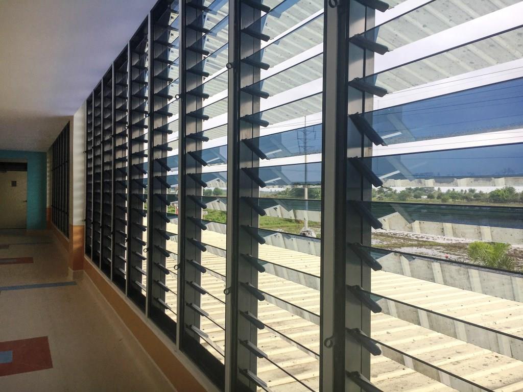 Santiago Medical City uses ios Window System
