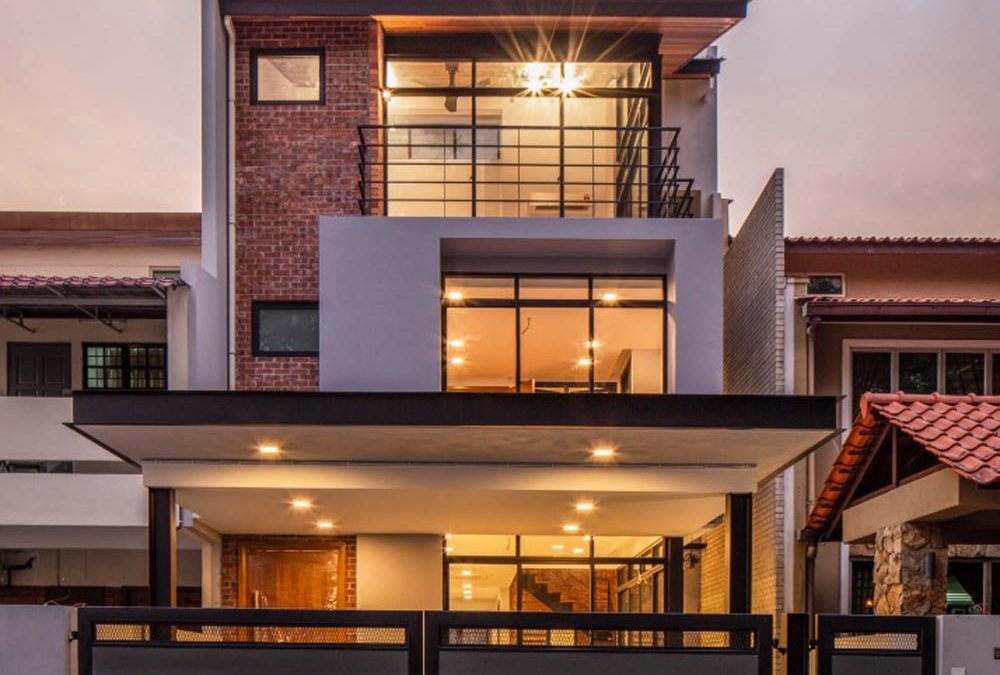 Powerlouvre Windows Set the Stage in Three Storey Home