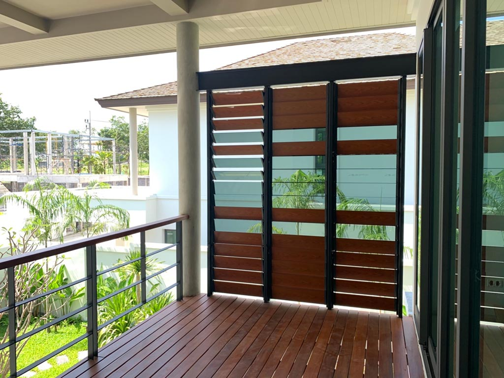 Breezway Louvres are ideal for privacy on balcony applications