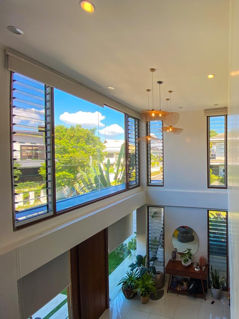 Breezway Louvres allow natural light, fresh air and space into living environment
